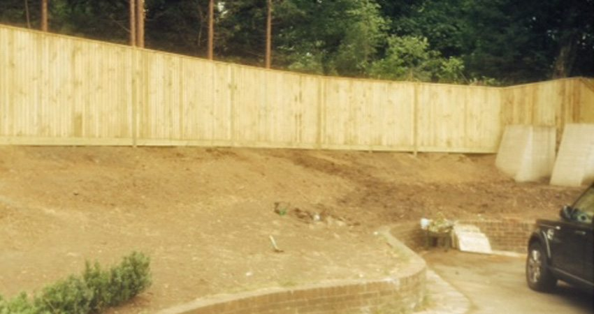 Close Board Fencing Esher2 850x450 Macdonald Fencing